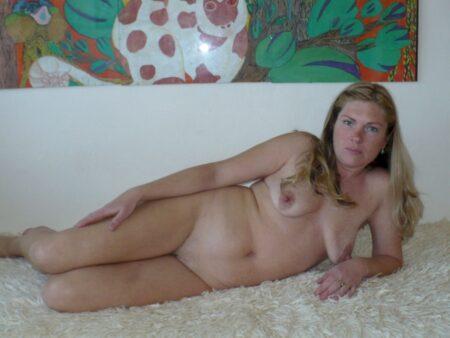 Femme cougar dominante pour mec soumis