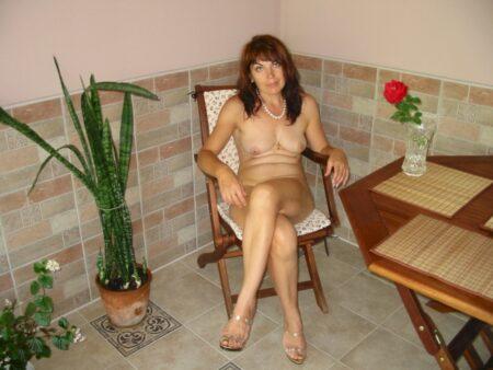Femme mature docile pour coquin séduisant souvent dispo
