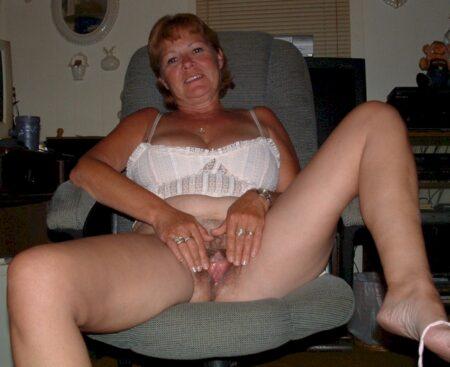 Passez une nuit chaude avec une coquine sexy